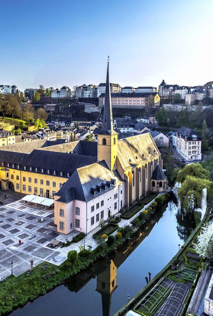Luxemburgo ley